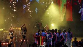 Slavného zpěváka okradli na fotbale v Moskvě o 18 milionů ve špercích!