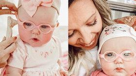 Holčička poprvé slyší hlas své matky. Podívejte se na dojemné video!