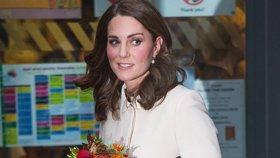 """""""Kamarádky"""" prozradily temné tajemství vévodkyně Kate: Budete ji litovat!"""