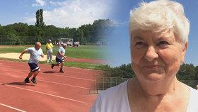 """Babičky a dědečkové se utkali na mezinárodní """"olympiádě"""": Nejstarší Libuše (84) protáhla tělo při běhu"""