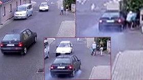 Záběry, z kterých mrazí: Felicie ve Frýdlantu smetla kočárek s dítětem (2). Řidič v protisměru ujel