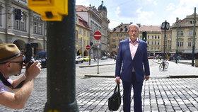 Sobotka žije spokojeně, vracet se do politiky nechce. Co řekl o OKD a o čem raději pomlčel?