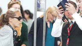 Vondráčková odletěla do Kanady, kde se rozvádí: Na letišti si ji proklepli