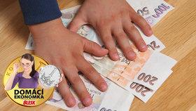 Dítě vás vyjde na miliony. Jak se připravit na výdaje školáků a studentů?