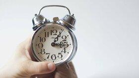 Střídání času konečně odzvoní? Europoslanci podpořili zrušení v roce 2021