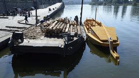 Na náplavku připlula replika šífu: Historické plavidlo vozilo sůl až do Hamburku