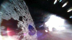 Řítí se na nás asteroid velikosti mrakodrapu: Zemi mine tento víkend