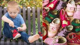 Alarmující číslo: Až 30 % dětí má v první třídě deformované nožky! Umíte jim správně vybrat boty? Ročně jich podle výrobců kupujeme šest párů