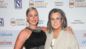 Komička Rosie O'Donnell je zasnoubená: Vezme si o 23 let mladší partnerku!
