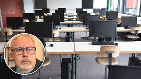 """Slohovka ve Wordu a """"hudebka"""" u počítače. Školní výuku čeká digitální revoluce"""