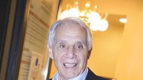 Josef Laufer (80) bojuje o život: Zastavilo se mu srdce!