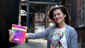 Designérka Markéta Borecká vyrábí propagační předměty z obnošeného oblečení