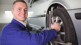 Češi otálí s výměnou pneumatik. Přezuto má méně lidí, než minulý rok