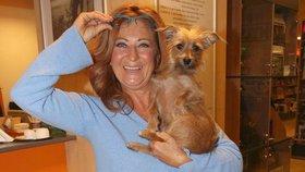 Simona Stašová se svou nerozlučnou psí kamarádkou: Pepina už křtí i knihy!