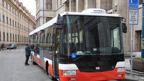 Zastávky jen na znamení: V Praze plánují proměnu autobusové MHD