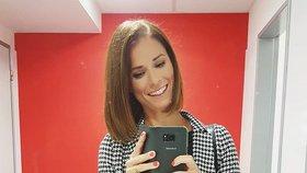 Těhotná moderátorka Snídaně s Novou odhalila pohlaví miminka! Prozradila ho barvou