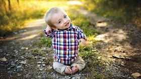 Měl zemřít po porodu. Extrémně krátké končetiny nejsou překážkou v jeho štěstí!