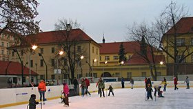 Bruslařská sezona v plném proudu! Kam v Praze vyrazit na kluziště a kde si zajezdíte zdarma?
