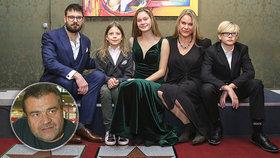Válka v rodině Karla Svobody? Vendula zazdila obří koncert k nedožitým narozeninám