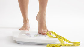 Dietáři pozor! Příliš rychlé hubnutí škodí zdraví.