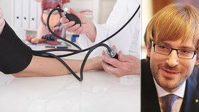 Na lékaře pojistku, pro sestry peníze. Ministr chce omezit odchody do ciziny