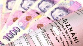 """Daňová sleva na manželku a poplatníka se nezvýší. Vláda se bála """"sekery"""" v rozpočtu"""