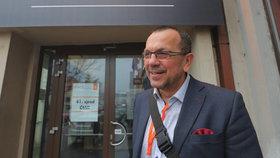 Rebel Foldyna opouští po 30 letech ČSSD, poslancem zůstane. Zakotví u SPD?