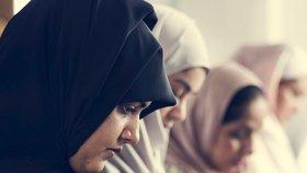 Polygamie je pro ženy nespravedlivá, šokoval muslimy imám. V Egyptě vyvolal bouři