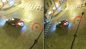 Taxík vláčel psa ulicemi Jihlavy: Hororovou scénu natočily kamery
