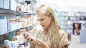 Stará kosmetika může vaši pleť zničit. Takhle zjistíte, že je čas dát jí sbohem