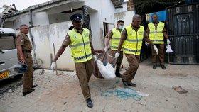 Při razii po teroru na Srí Lance zemřelo 15 lidí. Umíraly i malé děti