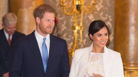Meghan a Harry si nedají pokoj: 80 milionů v háji a úprk z Británie!