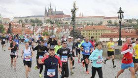 Běžci zůstanou doma: Květnový maraton v Praze se ruší, pořadatelé hledají náhradní termín