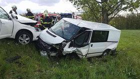 Nehoda tří vozidel na Pardubicku zablokovala dopravu