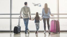 Jaký kufr do letadla? Rozměry se liší! Poradíme, se kterým vás zaručeně pustí