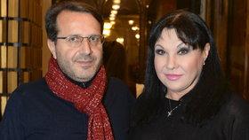 Vystrašená Dáda Patrasová o italském milenci: Vito má velký malér!
