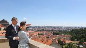 Babiš přijal barmskou vůdkyni Su Ťij. Se sklenkou v ruce jí ukázal krásy Prahy