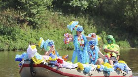 Nejbizarnější plavidla míří do Radotína. Tradiční »neckyáda« se koná již po jedenácté