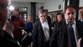 Rath, Kott a Pancová znovu u soudu. Žalobkyně chce exhejtmana připravit o majetek