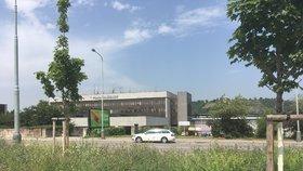 Smlouva o rozvoji okolí holešovického nádraží je na spadnutí: Stížnost antimonopolní úřad zamítl