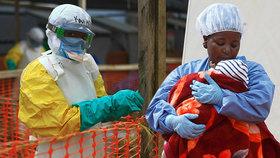 Ebola zabila teprve pětiletého chlapce. Krvácivá horečka se rozšířila i mimo Kongo
