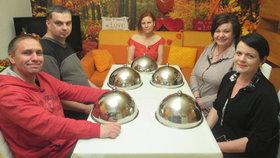 Roztoužené Prostřeno!: Sex mi chybí, řekla Iva a do rolky přidala afrodiziakum