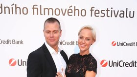 Sexbomba Belohorcová promluvila o třetím dítěti! A s manželem staví hotel