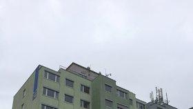 Radnice Prahy 14 dozná změny. Vymění se okna, světla i rozvody, přibude klimatizace
