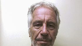 """Pedofilní narozeniny miliardáře Epsteina (†66): Jako """"dárky"""" mu prý posílali 12leté dívky"""