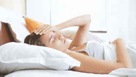 Špatně se vám spí? Nejspíš vám chybějí tyto vitaminy a minerály