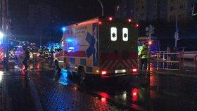 Tragédie v Přerově: Aničku a Elišku (obě †15) při přebíhání silnice zabilo auto