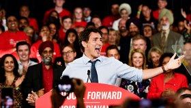 Krasavec Trudeau v potížích: Premiér to schytal za fotku s turbanem a černým líčením