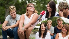 Verču (23) a Kačku (18) vychovaly dvě ženy: Jak se žije homosexuálním rodinám v Česku?