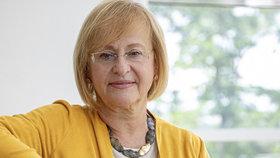 Určitě si nemyslím, že koronavirus skončil, říká infektoložka Hana Roháčová